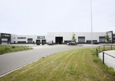 NB-Bedrijfpand-Riezebosweg-te-Vaassen-1-700x467