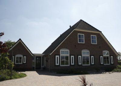 NB-boerderij-Zonnenbergweg-te-Wilp-2-700x467