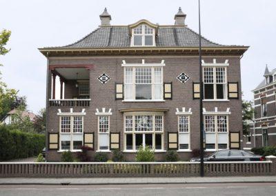 Renovatie-bedrijfspand-Deventerstraat-te-Apeldoorn-1-700x467