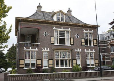 Renovatie-bedrijfspand-Deventerstraat-te-Apeldoorn-2-700x467
