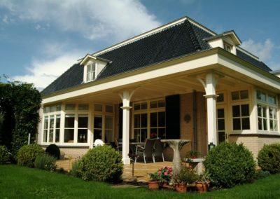 Uitbreiding-woonhuis-met-veranda-Kleine-Fluitersweg-te-Apeldoorn-700x466